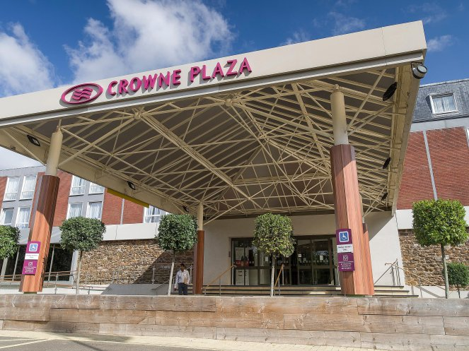 crowne-plaza-stratford-upon-avon-4687420345-4x3